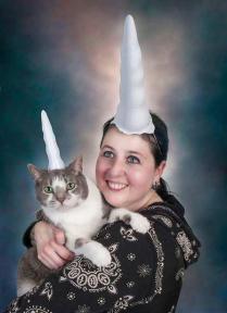 Mi gato y yo con motivos falicos en la cabeza